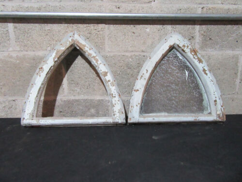 ~ NEAT PAIR OF SMALL ANTIQUE GOTHIC WINDOWS ~ 16 X 15 ~ ARCHITECTURAL SALVAGE ~
