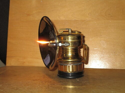 Miners/Cavers BUTTERFLY CARBIDE LAMP! NEW/OLD STOCK !! - WORKING!