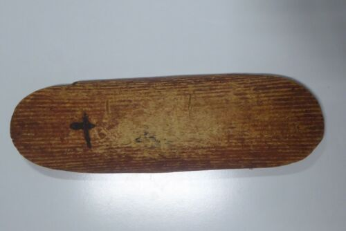 OLD AUSTRALIAN ABORIGINAL BEAN WOOD CENTRAL DESERT PARRYING SHIELD SPINIFEX RESI