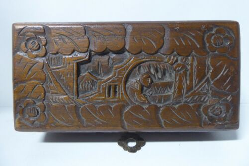 OLD CHINESE CARVED CAMPHOR TIMBER JEWELLERY BOX  WOODEN TEA CHEST    (tb276)