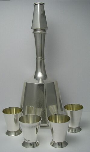 MID-CENTURY STERLING SILVER DECANTER/BOTTLE 4 STERLING SILVER CUPS by Art Mexico