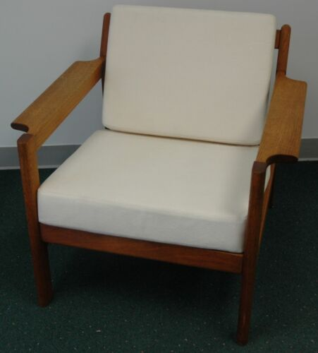 Beautiful Mid Century Lounge Chair Borge Morgensen ? Oak