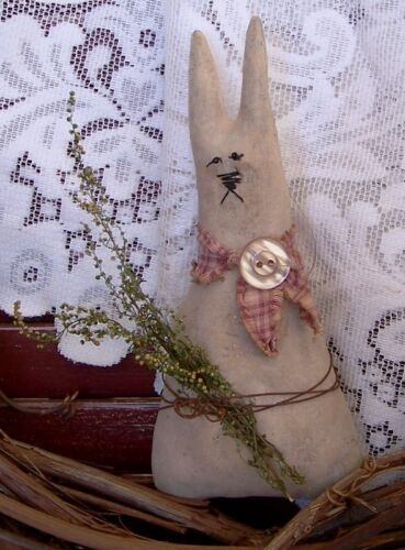 PATTERN ~ PRIMITIVE HOLLY HARE BUNNY RABBIT ORNIE! PERFECTLY PRIM!! QUICK EASY!!