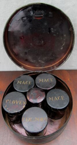 19th CENTURY SHAKER TOLEWARE SPICE CANISTER SET WITH SIX LIDDED SPICE TIN JARS