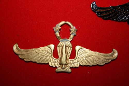 INDONESIAN INDONESIA MARINE CORPS AIRBORNE PARACHUTE WING MARINES INSTRUCTOR ? 1Other Militaria - 135