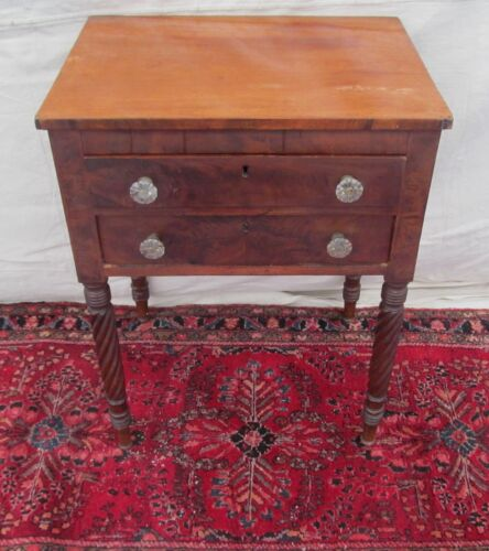 19TH C FEDERAL PERIOD ANTIQUE MAHOGANY NIGHTSTAND / WORK TABLE ~~ SANDWICH GLASS