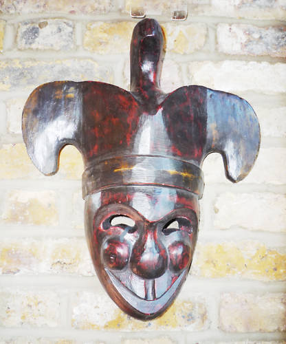 """Wooden theatrical mask, JESTER, hand-carved in Bali, 10"""" wide (26 cm), 14"""" new"""