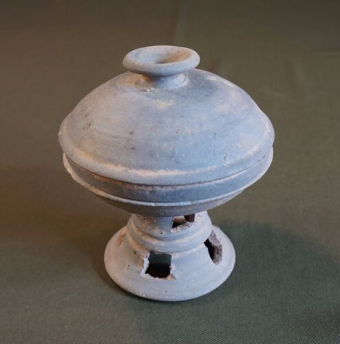 Museum Quality Korean Silla Dynasty 5th Century Footed Bowl with Lid