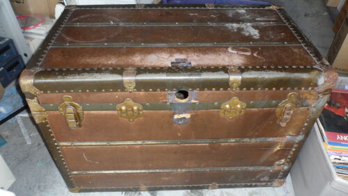 Rare Vintage Hirschfelder and Meaney Steamer Trunk/Chest  1920s