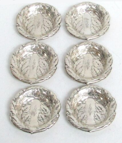 BEAUTIFUL SET OF 6 REED & BARTON STERLING SILVER BERRY & LEAF NUT DISHES #400