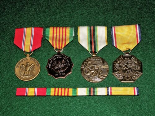 4 Medals Set w/ribbons NDSM Vietnam Era Cold War Honorable Service Discharge Medals, Pins & Ribbons - 104024