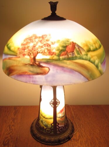 ANTIQUE ARTS & CRAFTS CHICAGO REVERSE GLASS PAINTED LAMP WITH LIGHTED BASE-BEST!