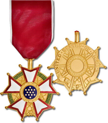 Legion of Merit Full Size Medal LOM Legionnaire Collector Replacement MilitaryMedals & Ribbons - 36069