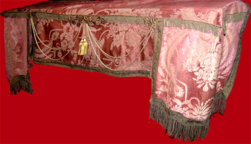 19TH CENTURY FIREPLACE SHAWL
