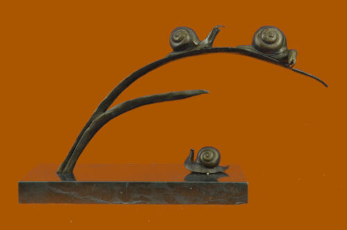 Signed Numbered LTD Edition Modern Art Snails in Love Bronze Sculpture Figure