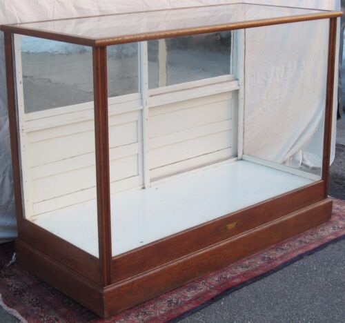 VICTORIAN OAK ANTIQUE DISPLAY CASE BY CHARLES P. WHITTLE BOSTON
