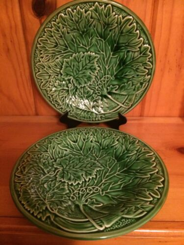 """HANDSOME PAIR ANTIQUE GREEN MAJOLICA PLATES GRAPE LEAVES APPROX 9"""""""
