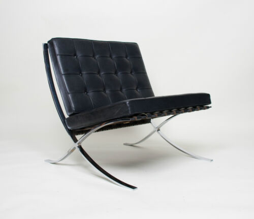 Knoll leather chair antiques us for Chaise barcelona knoll prix