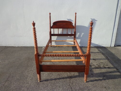 Twin Bed Antique Jenny Lind Country French Provincial Daybed Wood Spindle Wood