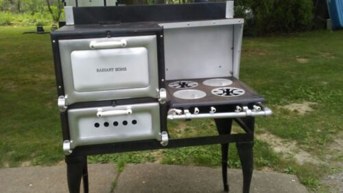RADIANT HOME ~ Antique Gas Cook Stove