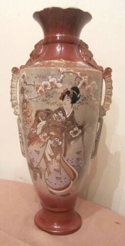 large rare antique hand made painted 1800s Meiji Japanese satsuma porcelain vase