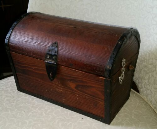 Vintage Wood Chest Pirate Treasure Jewelry Box Handmade Signed Dated 1970 10x7x6