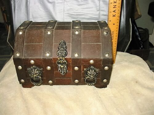 antique style vintage medieval gothic wood jewelry trinket box