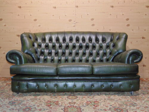 Divano Chesterfield 3 Posti Originale Inglese in Pelle Bordeaux Antico