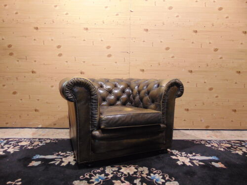 Poltrona Chesterfield Originale Inglese in Pelle Verde Antico