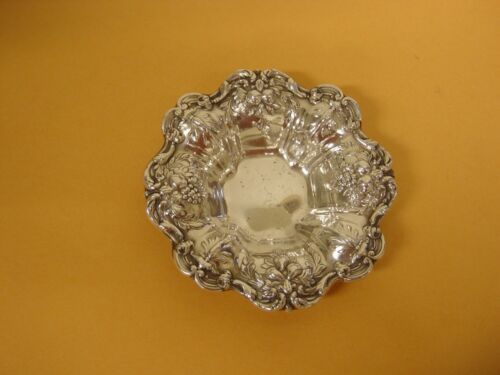 """francis 1st sterling 3.5"""" inch nut dish no. 569"""
