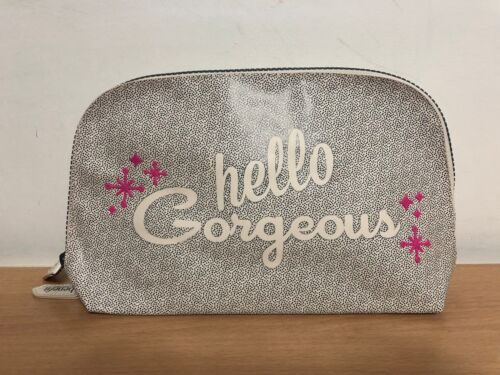 "Benefit ""Arch You Gorgeous"" 2018 Brows Dome Makeup Travel Bag Black/White"