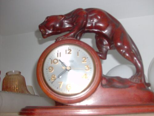 1940's SESSIONS PANTHER art deco CLOCK CARVED WOOD RED MAHOGANY FINISH WORKING.