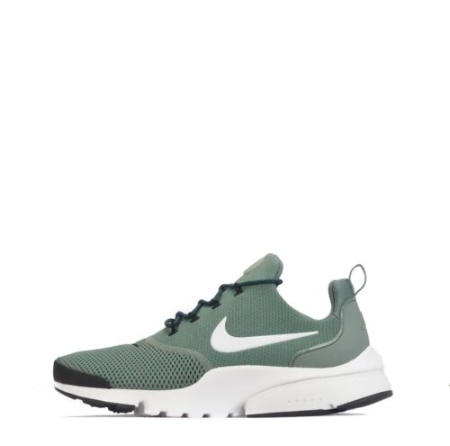 Nike Presto Fly Mens Trainers in Clay Green/White
