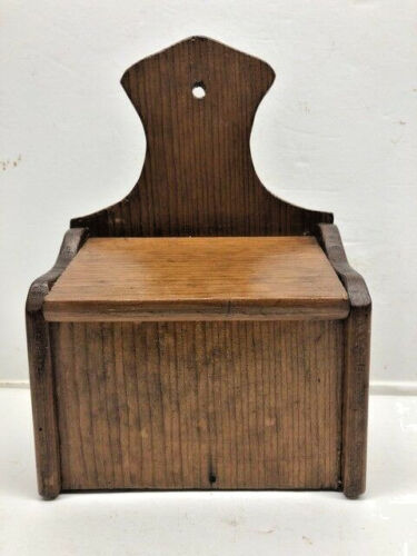 Antique Southern Pine Salt or Spice Wooden Wall Hanging Pantry Box w Lid