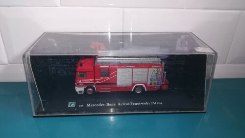 Voiture Sapeurs Pompiers Hongwell 1/87 Mercedes Benz actros feuerwehr / stans
