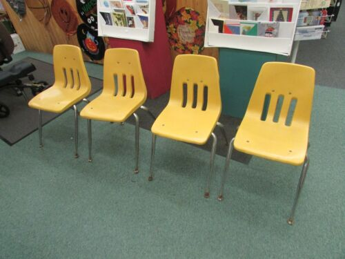4 VINTAGE VIRCO bucket HARD PLASTIC CHAIR Mid Century retro YELLOW CHILDS SIZE