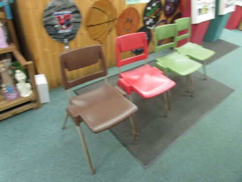 4 VINTAGE AMERICAN SEATING BODY REST HARD PLASTIC CHAIR Mid Century retro green