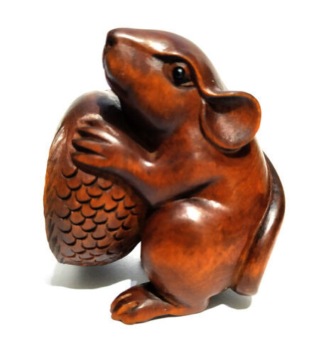 """CQ021 - 2"""" Hand Carved Boxwood Netsuke Figurine Carving: Mouse and Fish"""