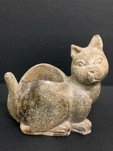 CAT WITH CONTAINER PAPERMACHE MOLD