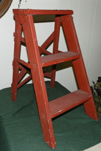 FABULOUS DISTRESSED PRIMITIVE PAINTED RED WOOD FOLDING STEP LADDER/STOOL!!