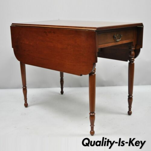 19th Century Antique Cherry Wood American Colonial Drop Leaf Pembroke Table