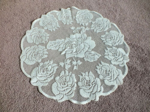 """Collectible Beautiful Lace Doily Off White 14"""" NICE"""