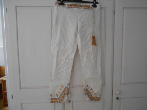 Ermanno Scervino White Cropped Trousers With Embroidery - 42/UK8