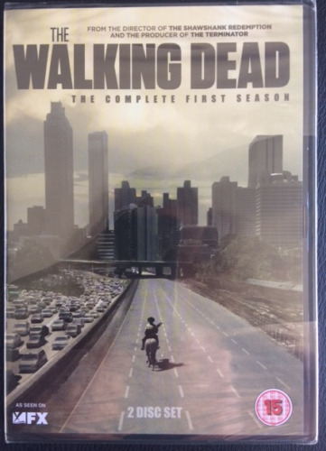 The WALKING DEAD The Complete First Season 2 x Region 2 DVD's Brand New Sealed