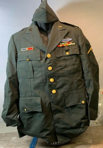 VINTAGE 1980'S  ARMY UNIFORM WITH HAT   YT35Original Period Items - 13983