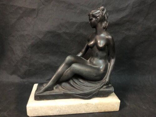 Beautiful nude bronze signed by Astride Maillol dated 1948