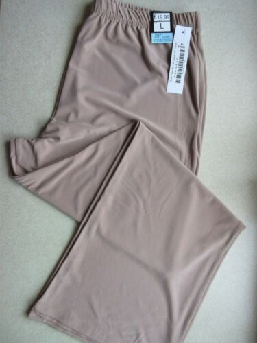 WOMEN'S STYLISH TROUSERS BY REFLECTIONS SIZE LARGE, NEW WITH £19.99 TAGS