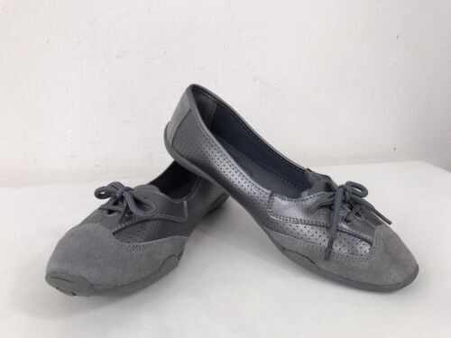 Down to Earth Perforated Leather Suede Trim Flat Lace Loafer Pumps Shoe Silver 6