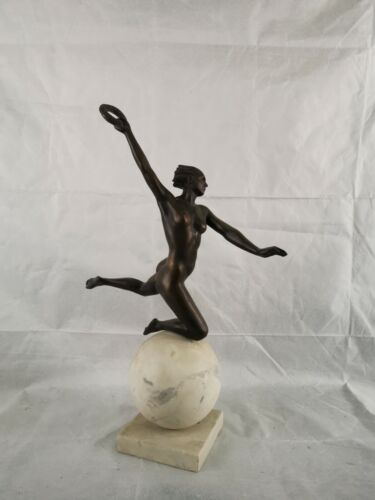 Beautifule bronze NUDE scultupe signed by Ernst Seger