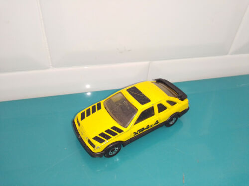 0103204 voiture miniature Matchbox Ford sierra xr4i